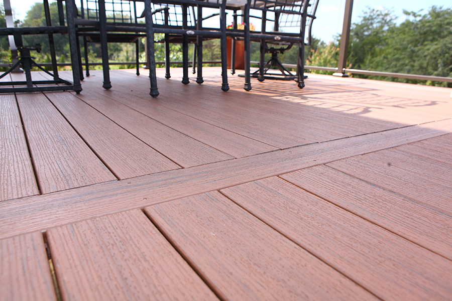Deck Builders Des Moines, deck repair & replacement, trex decking, deck design, new deck